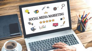Read more about the article How to Become a Social Media Manager in 2020